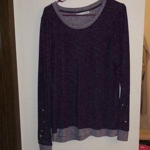 Fun purple top!